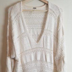 Free People Cream Tunic Sweater V-neck